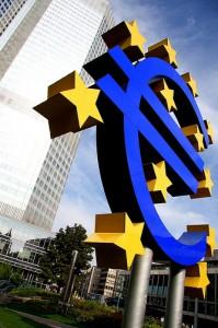 2013-as jóslatok az euró árfolyammal kapcsolatban